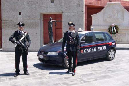 Carabinieri bloccano due pregiudicati a Paduli mentre eseguivano sopralluoghi nei pressi dei parcheggi di alcune ditte