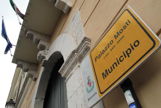 Protesta dei dipendenti del Comune di Benevento