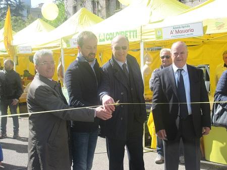 Inaugurato questa mattina il Mercato di Campagna Amica a Piazza Risorgimento