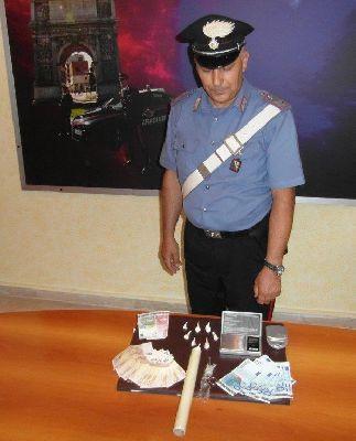 Benevento: spacciava droga nei pressi della piscina comunale di Benevento.Arrestato dai Carabinieri