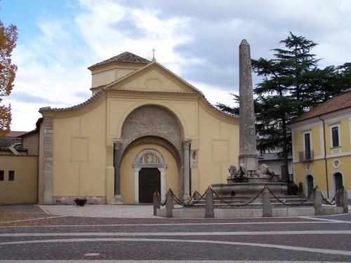 Mini scalino impedisce l'accesso alla Chiesa di Santa Sofia: lettera al parroco di ItaliAccessibile