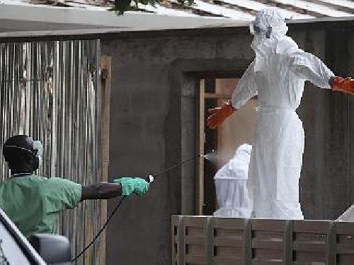 Ebola, infermiera contagiata in Texas.