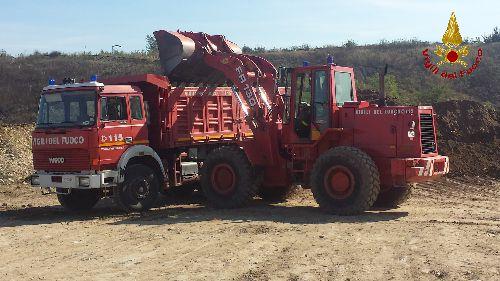 G.O.S vigili del fuoco reparto macchine operatrici industriali e movimento terra Movimento-terra-vigili-del-fuoco