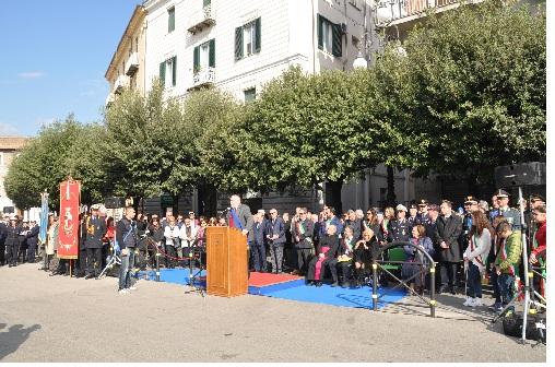 Fioravante Bosco (Uil) ha partecipato alla manifestazione del IV novembre.Considerazioni in merito.