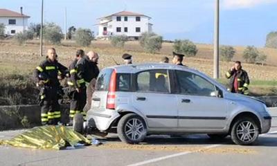 Tragedia sulla provinciale per Apice. Muore una donna in un incidente stradale