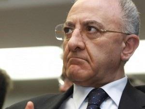 """Legge Severino, il sottosegretario alla Presidenza del Consiglio, Graziano Delrio gela lo """"sceriffo"""": """"è un amico, ma la Legge è Legge""""."""