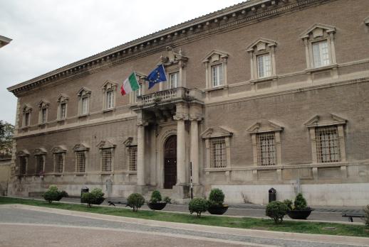 """Piena intesa tra Provincia e Liceo Classico """"Pietro Giannone"""" di Benevento in merito alla salvaguardia del Convitto Nazionale intitolato alla medesima figura di studioso."""