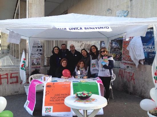 """Giornate di mobilitazione """"Italia Unica Benevento"""": buona partecipazione e interesse da parte dei cittadini sulle tre proposte di Legge da presentare."""