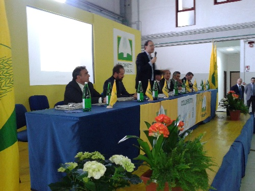 """Castelvenere:questa mattina il presidente Roberto Moncalvo ha incontrato Coldiretti presso le """"Vigne Sannite"""""""