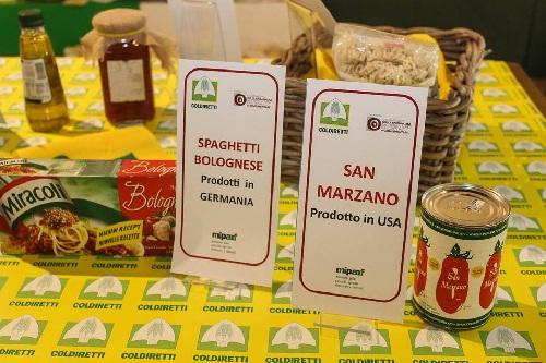 """Falso """"Made in  Italy"""" e """"Made in Campania"""" in mostra ad Expo nel Padiglione Coldiretti"""