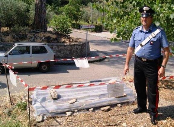 Molinara : denunciato operaio per abbandono lastre di amianto in zona pubblica