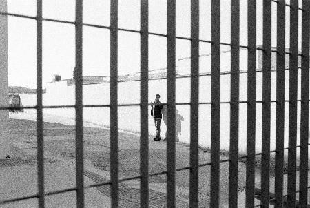 Tragedia nel carcere di Benevento, un detenuto si toglie la vita impiccandosi.