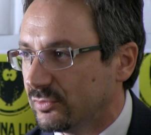 L'eurodeputato Pedicini M5S interviene sulla vicenda dell'on.Del Basso De Caro
