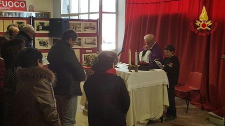 Vigili del Fuoco. Officiata la messa per onorare il Natale.