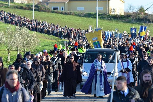 Pietrelcina. Ore 14,31 : Padre Pio riabbraccia la Sua terra