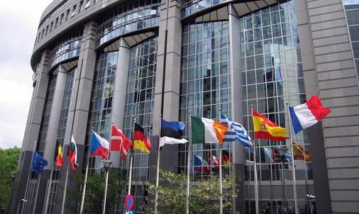 Dall'Unione Europea Mercato selvaggio addio. Nel turismo nuova regolamentazione.