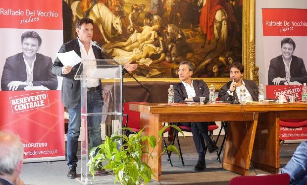 Mercoledì il Ministro Martina a sostegno di Raffaele Del Vecchio