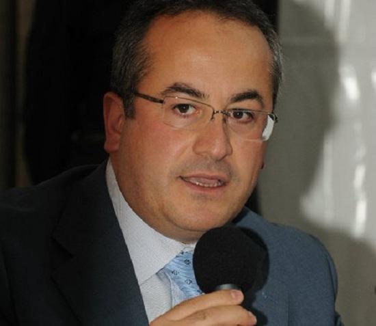 """Pago Veiano. Progetto """"Banco Alimentare"""": il sostegno del gruppo amministrativo"""