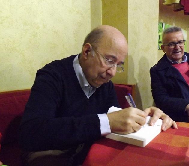Sanità,De Lorenzo annuncia di querelare il direttore  della ASl, Francklin Picker.