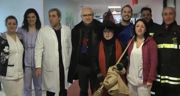 La Befana dei VVF al reparto pediatria del Fatebenefratelli
