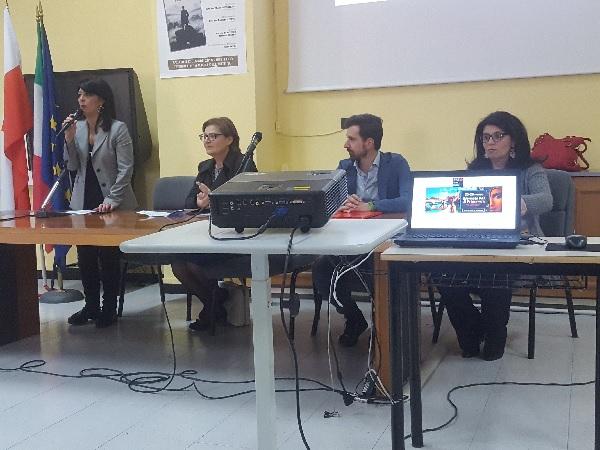 """Ben 35 studenti del """"De' Liguori"""" apprendisti Ciceroni del FAI"""