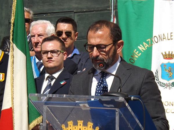 Cambio di guardia in Questura:  Il sindaco di Benevento Mastella saluta il Questore Giuseppe Bellassai