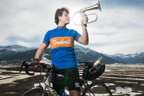 "Luca Aquino ""Jazz Bike Tour – Wheels not Walls"". La presentazione venerdi 23 Giugno"