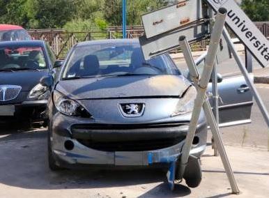 In mattinata due incidenti d'auto. Occorre far più attenzione