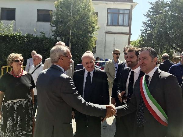 Il Sindaco di Telese Carofano ringrazia il governatore De Luca  per la sua presenza all'inaugurazione del Poliambulatorio