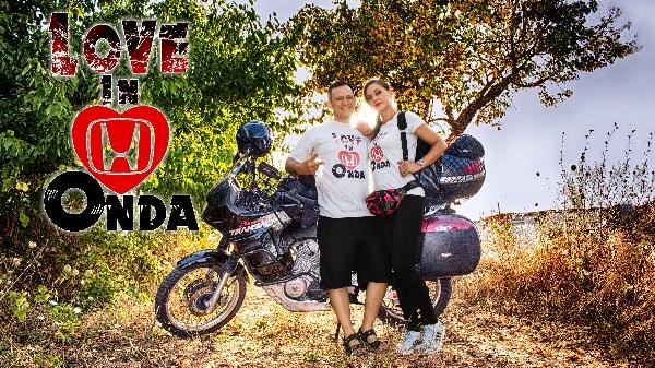 """""""LOVE IN ONDA"""" due cuori ed una moto"""