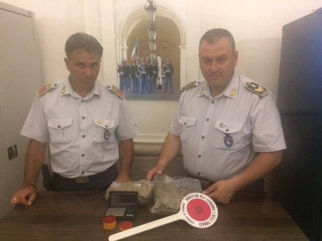 GDF Benevento. Sequestrati 415 grammi di Marijuana