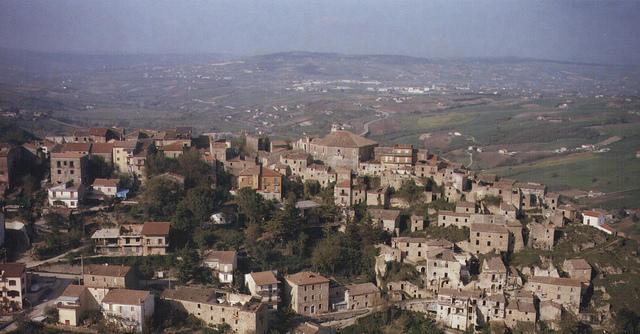 Castelpoto: il 24 Aprile al via la 15esima edizione della sagra della salsiccia rossa