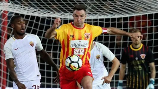 Benevento Calcio. Lucioni va via, tornerà da avversario nelle fila del Lecce