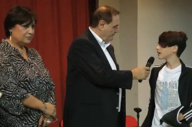 Il sindaco Mastella ha destinato l'indennità di carica alle scuole e alle attività natalizie