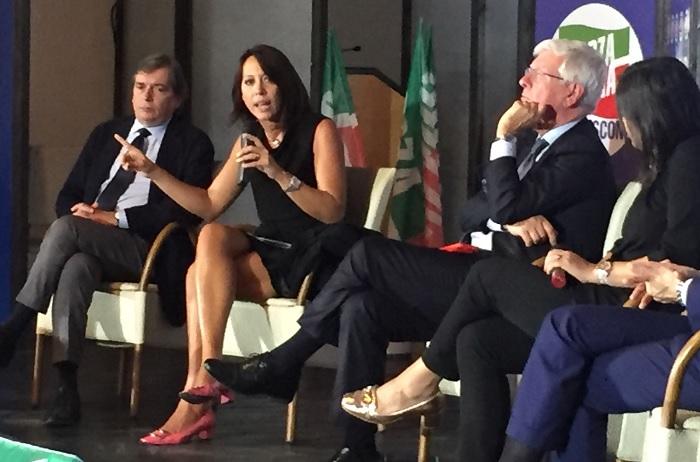 De Girolamo : ''L'Italia ha ancora bisogno di Berlusconi''
