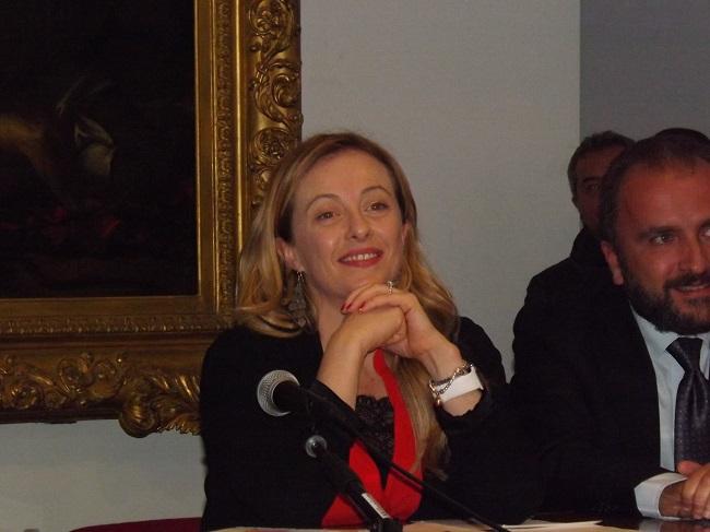 Giorgia Meloni scrive a Mario Draghi: 'Il dossier della rete sia gestito dal Premier'