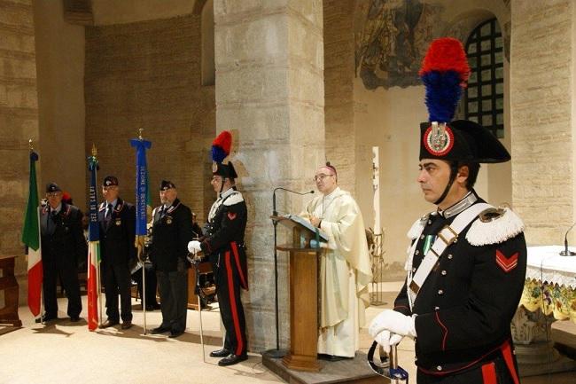 Benevento presso la chiesa di Santa Sofia celebrata la Virgo Fidelis Patrona dell'Arma.
