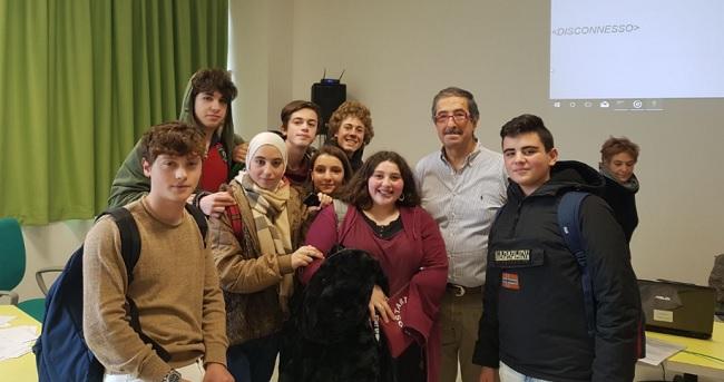 """Gli alunni del """"Galilei-Vetrone"""" primeggiano in Matematica"""