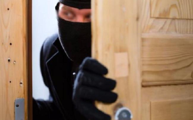 Mastella vittima di un furto nella sua casa di Ceppaloni