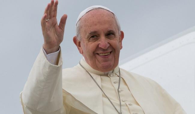 A Papa Francesco un ricordo di quanto ha lasciato Padre Pio a Pietrelcina