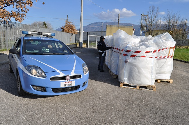 Telese Terme, la Polizia di Stato recupera merce rubata del valore di 30mila euro