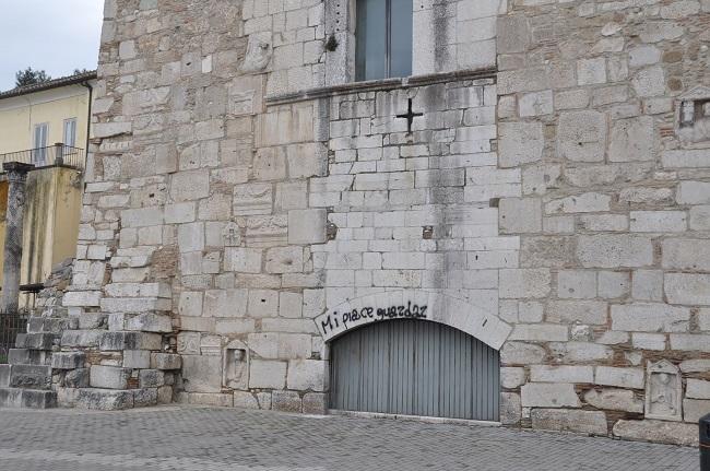 L'avv. Mario Collarile interviene sull'atto vandalico alla Rocca dei Rettori.