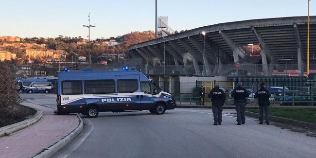 Polizia di Stato, il Questore firma il DASPO per tre tifosi del Crotone