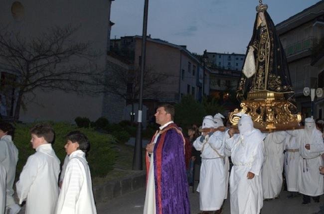 Venerdì Santo di San Lorenzo Maggiore il 30 Marzo.