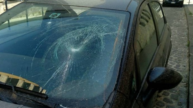 Danneggiata l'auto della giornalista sannita Teresa Ferragamo.
