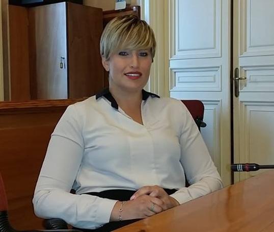 """L'Assessore Anna Orlando : """" I servizi per gli anziani, disagiati sociali e diversamente abili sono stati interrotti per mancaza di fondi regionali"""""""