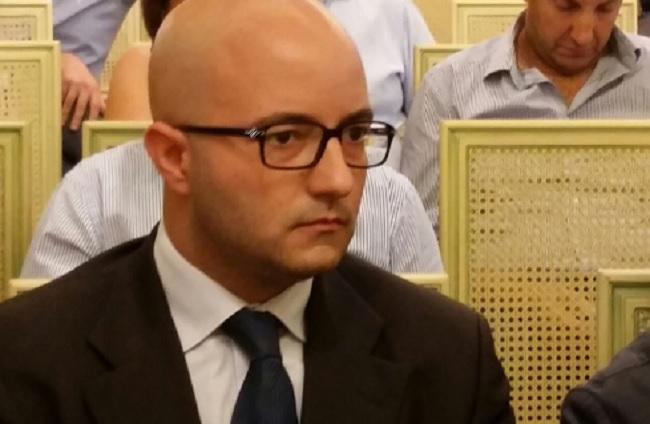 """Pd, De Lorenzo: """"No a sterili polemiche.Il partito ritrovi tranquillità.Le polemiche, le critiche e le discussioni si mantengano all'interno del partito."""""""