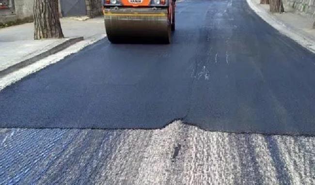 Continuano i lavori  di manutenzione strade comunali a San Nicola Manfredi.