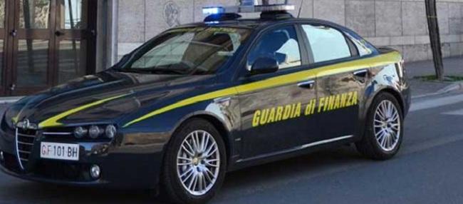 Guardia di Finanza: denunce e sequestri nel Sannio per testi illecitamente riprodotti.