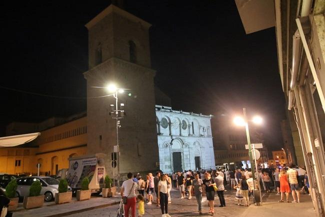 Nuova luce per la facciata del Duomo.